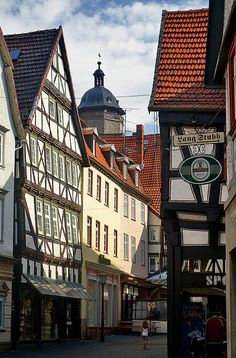 Alsfeld, Hesse_ Germany Cities In Germany, Visit Germany, Germany Travel, Bad Homburg, Medieval Houses, Big Ben, Belgium, The Good Place, Places To Visit