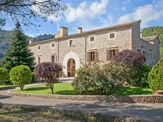 Exquisite manor house amidst the Tramontana valley in Puigpunyent - Mallorca