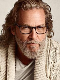+ vintage glasses styles Kings of Past Jeff Bridges, Grey Hair, Gentleman Style, Beard Styles, Stylish Men, Bearded Men, How To Look Better, Handsome, Hairstyle