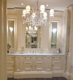 Ex Display Clive Ivory Painted Architectural Bathroom