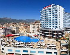 Turkije Turkse Riviera Alanya  LAGE: Das Hotel liegt nur ca. 100m vom Strand in der Ferienregion Alanya ca. 4km von Alanya und ca. 125km vom Flughafen Antalya entfernt. Taxi- und Minibusverbindungen in die umliegenden Orte....  EUR 453.00  Meer informatie  #vakantie http://vakantienaar.eu - http://facebook.com/vakantienaar.eu - https://start.me/p/VRobeo/vakantie-pagina