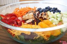 Skinny Grilled Chicken & Fruit Salad - the perfect summer salad!! #SkinnyMom