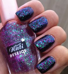 OMG!  Where can I get this polish?!