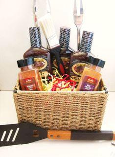 Homemade Gift Baskets, Diy Gift Baskets, Christmas Gift Baskets, Homemade Gifts, Christmas Diy, Basket Gift, Camping Gift Baskets, Man Basket, Fathers Day Gift Basket