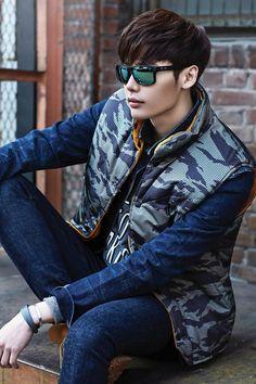 Lee Jong Suk - Oakley 2014