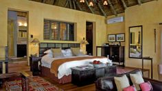 Kichaka Private Game Lodge: Luxury Suites have enormous bedrooms, leading to bathrooms with double vanities and tubs.