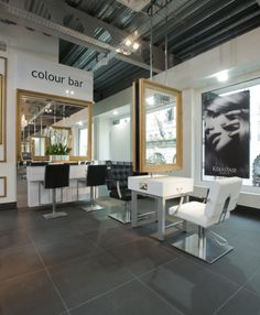Elegant Beauty Salon Interior Design