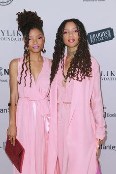 Chloe and Halle's Cotton Candy Makeup Slay Will Give You Life