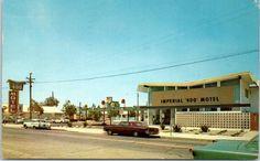 Modesto California Postcard Imperial '400' Motel Street View  1965