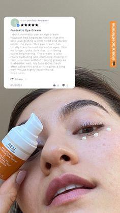 Alliez un avis client écrit à une photo UGC et vous obtiendrez un résultat pertinent pour humaniser le discours de votre marque. Looks Dark, Client, Eye Cream, Drink Bottles, Wellness, Eyes, Face, Inspiration, June