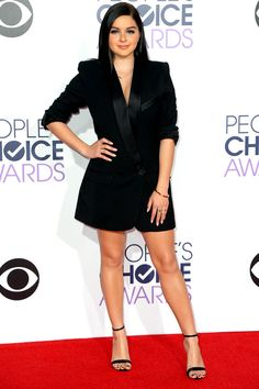 12 must-see outfits from the People's Choice Awards red carpet