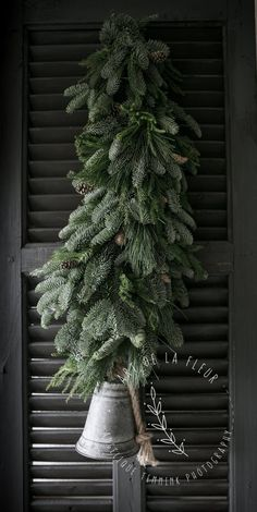 Kerst 2016 , Christmas 2016 , Art de la Fleur , wwwartdelafleur7.nl , Angelique Temmink , Christmas Centerpiece  , bloemschikken , workshops , Goedereede , Sobere & Landelijke bloemschik workshops , kerststuk , Groendecoratie , Sober , Bloemstyliste , Photography , Styling.