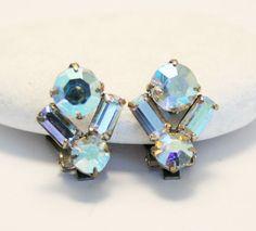 Vintage diamante rhinestone earrings.  Clip by chicvintageboutique