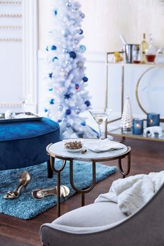 We're dreaming of a bright, blue, and sparkling Christmas