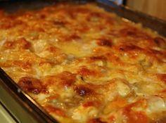 Potato recipes Russett - Homemade Ham and Scalloped Potatoes Scalloped Potatoes And Ham, Scalloped Potato Recipes, Scallop Recipes, Potato Dishes, Food Dishes, Main Dishes, Side Dishes, Cooking Dishes, Food Food
