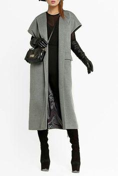 Пальто без рукавов фото): тенденции 2016 же - Tesettür Tunik Modelleri 2020 - Tesettür Modelleri ve Modası 2019 ve 2020 Look Fashion, Hijab Fashion, Winter Fashion, Fashion Dresses, Womens Fashion, Fashion Design, Fashion Trends, Mode Abaya, Mode Hijab