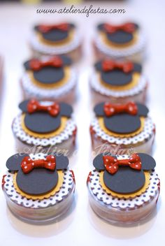 Minni y Mickey Mouse Minie Mouse Party, Minnie Mouse Theme, Mickey Mouse Club, Mickey Mouse And Friends, Red Birthday Party, Mickey Birthday, Mickey Party, Mouse Parties, Minne