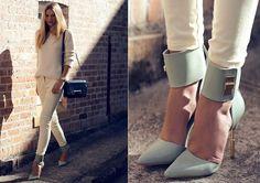 Jessica Stein Fashion Blogger from Sydney  Blog:tuulavinage.blogspot.com  Zimmermann Heels, Asos Sweater