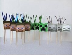Minecraft Cupcake Flag Toppers