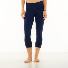 Love Lucy leggins, comfy and great quality! Perfect Core Capri Legging | Yoga Bottoms | lucy activewear