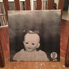 Ty Segall - Emotional Mugger. I've already posted too many records today but that's what happens when I'm home sick and my sweetheart is at work/band practice all day. Anyway yeah. It's Ty Segall. He hasn't made a stinker yet. #nowplaying #nowspinning #onmyturntable #vinylclub #vinyligclub #vinylisfinal #vinylcommunity #instavinyl #igvinylclub #recordnerd #recordcollector #recordcollection #dragcity by fatgeorgeclooney