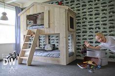 1000 id es sur construire un lit sur pinterest plans de for Construire un lit escamotable