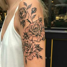 The Effective Pictures We Offer You About tattoo quotes A quality picture can tell you many things. Girl Arm Tattoos, Arm Sleeve Tattoos, Rose Tattoos, Body Art Tattoos, Tattoos For Women, Tatoos, Bestie Tattoo, Beautiful Flower Tattoos, Geniale Tattoos