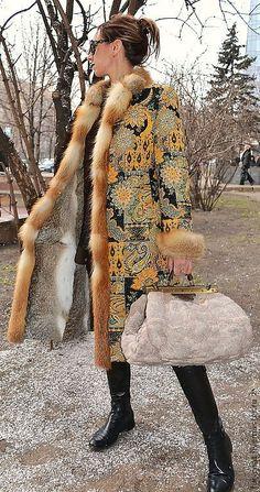 Гобеленовое пальто на меху ETRO YELLOW