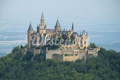 Germany, Baden-Wuerttemberg, Zollernalbkreis, View to Castle Hohenzollern