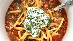 'Rich, smoky' campfire chili brings an outdoorsy taste into your kitchen: Try the recipe   Fox News Creamed Corn Recipes, Chili Recipes, Crockpot Recipes, Campfire Chili Recipe, Chili Soup, Chili Seasoning, Fire Roasted Tomatoes, Fried Chicken Recipes, Recipes