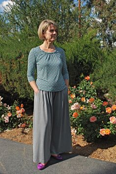 I don't want to look like this - wide legged pants,on fuller figure McCall's 6514