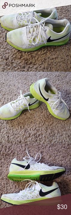 Nike Pegasus Shoes Gently worn. In excellent condition with minor visible wear (view pics). Nike Shoes Sneakers