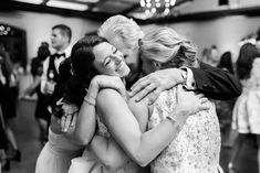 Home - Lindsey Ford Photography - Central PA Wedding Photographer Bridal Dress Shops, Bridal Gown, Wedding Stuff, Wedding Photos, Gown Designer, Cake Bakery, Groom And Groomsmen Attire, Belly Laughs, Magical Wedding