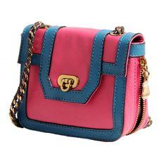 Bolsa pequena de couro alça corrente rosa. Bolsa pequena Rosa. Bolsa pequena alça corrente.
