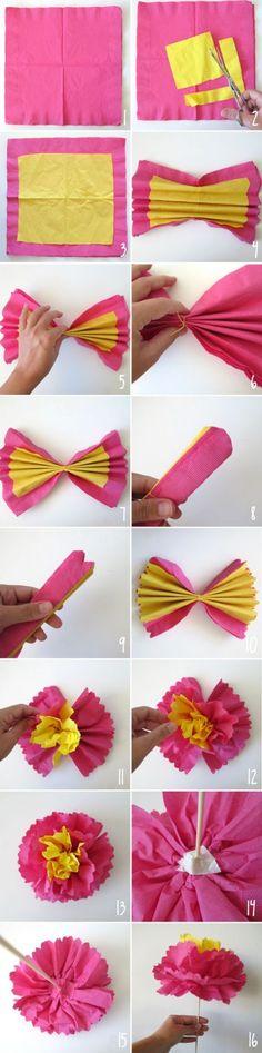 Come realizzare un fiore bicolore con due tovaglioli di carta