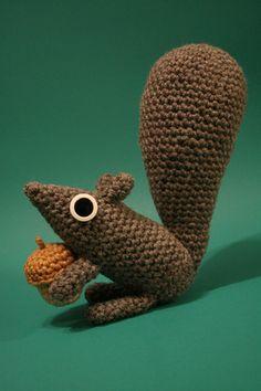 amigurumi squirrel