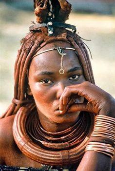 Himba, people of Namibia Tribal Women, Tribal People, African Tribes, African Women, Beautiful Black Women, Beautiful People, Himba Girl, Skin Girl, Himba People