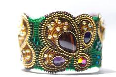 Vert perle broderie Bracelet manchette - une fleur de fougère - Bracelet.Beadwork bijoux de perles, bijoux, perles de graine brodé de perles