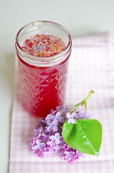 Making Floral Jelly!!!  It's so much easier than I would have imagined.  @A Nest for All Seasons