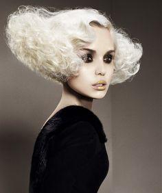 Saco Medium White Hairstyles