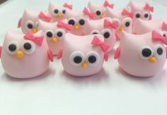 Fondant owls cupcake toppers