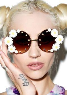 Trend alert: Las margaritas son para el veranohttp://lookandfashion.hola.com/whatshouldiwear/20160609/trend-alert-las-margaritas-son-para-el-verano/