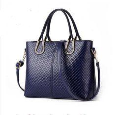 Short hair wig Luxury Bags, Luxury Handbags, Fashion Handbags, Tote Handbags, Designer Handbags, Crossbody Bags, Ladies Handbags, Ladies Bags, Design Bleu