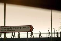 Commando School Behind-the-scenes at the Royal Marines' Commando Training Centre in Devon Military Videos, Military News, Military History, British Royal Marines, British Royals, Afghanistan War, Iraq War, The Blitz Ww2, Marine Commandos