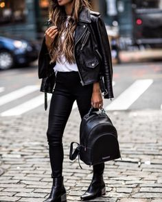 Jaw-Dropping Tips: Women's Urban Fashion Jeans women's urban fashion clothing.Urban Fashion Photoshoot Dresses urban fashion for men posts. Urban Outfits, Casual Outfits, Girl Outfits, Fashion Outfits, Womens Fashion, Edgy Fall Outfits, Urban Dresses, Fashion Shoot, Ootd Fashion