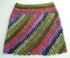 Fabulous Crochet a Little Black Crochet Dress Ideas. Georgeous Crochet a Little Black Crochet Dress Ideas. Skirt Pattern Free, Crochet Skirt Pattern, Crochet Skirts, Crochet Stitches Patterns, Crochet Designs, Crochet Clothes, Jacket Pattern, Interweave Crochet, Freeform Crochet