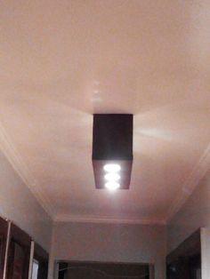 Lámpara para techo hecho con pallets Lighting, Home Decor, So Done, Furniture, Blue Prints, Decoration Home, Room Decor, Lights, Home Interior Design