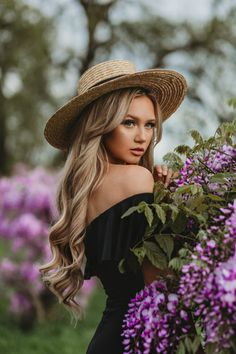 Wisteria - The City Blonde Blonde Photography, Senior Girl Photography, Portrait Photography Poses, Photography Poses Women, Portrait Poses, Female Portrait, Woman Photography, Grunge Photography, Outdoor Photography