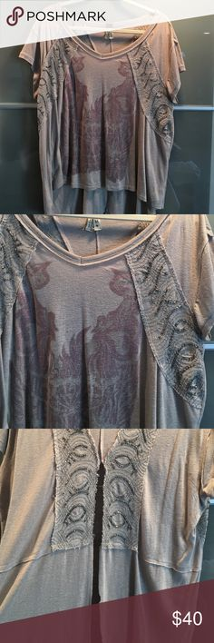 Free people open-back top Free people printed and sequined open-backed top Tops Tees - Short Sleeve