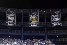 Not gonna lie, there is every possibility that I will tear up when they reveal the banner tonight. :,) I can't believe it's been a decade since the last one went up, 2004 was a great year for Boston sports!